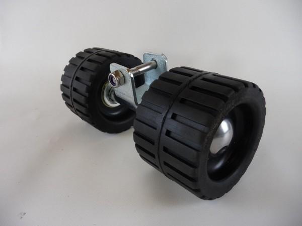 Sliprolle Bootsauflage Kielrolle Rolle aus Gummi Farbe schwarz mit Achse L3079.1
