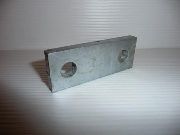 Klemmplatte für Bügelschraube M10 Lichte Weite 40 mm Loch mitte 52 mm L4242K