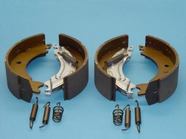 Bremsbacken Bremsbelege Teile Kit passend für Knott Bremse 20-2425/1 Neu L0169
