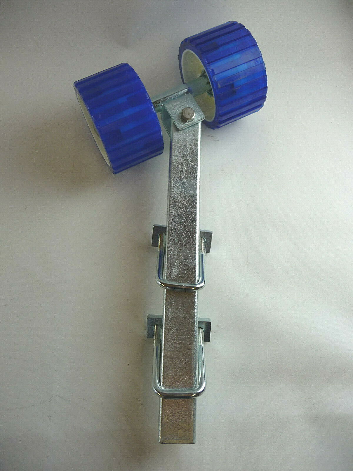 Sliprolle Bootsauflage Kielrolle Rolle aus Polyvinyl mit 400 mm Rohr u Zubehör
